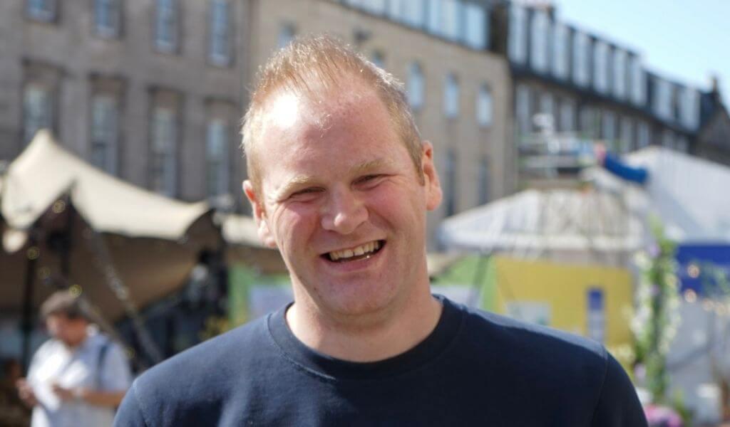 Cameron Boal, VP Marketing at TravelNest